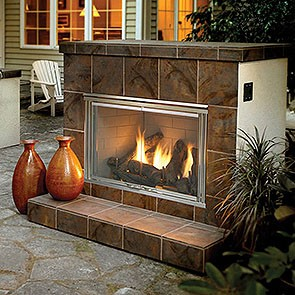 Heat & Glo Outdoor Lifestyles Dakota Gas Fireplace